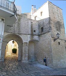 Porta_Monterrone_-_Ceglie_Messapica